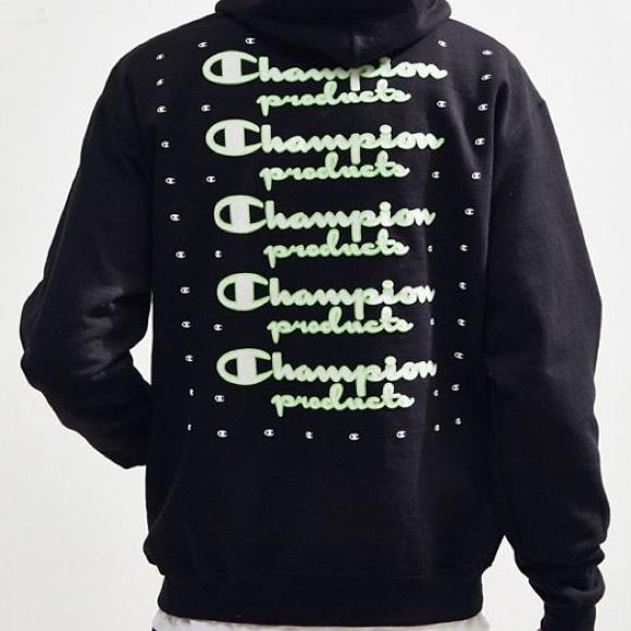 cb16f0e97 CHAMPION UO Exclusive Neon Stacked